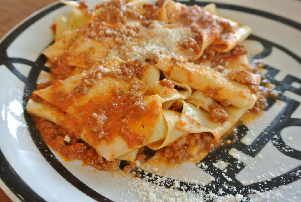 cucinadimammina_pappardelle with bolonese_2.jpg