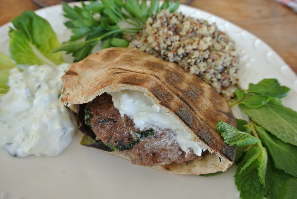 cucinadimammina_greek lamb burgers_20
